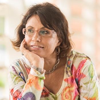 Suzana Kahn