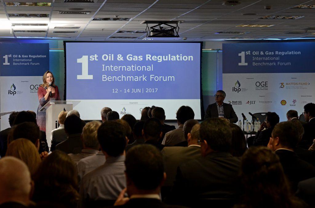 Resultado de imagem para IBP promove fórum  indústria de petróleo