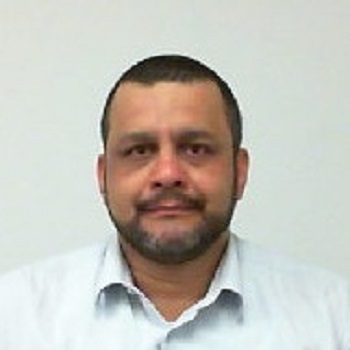 Helton Luiz Santana Oliveira