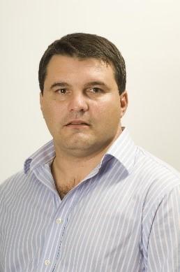 Adrian Mérida